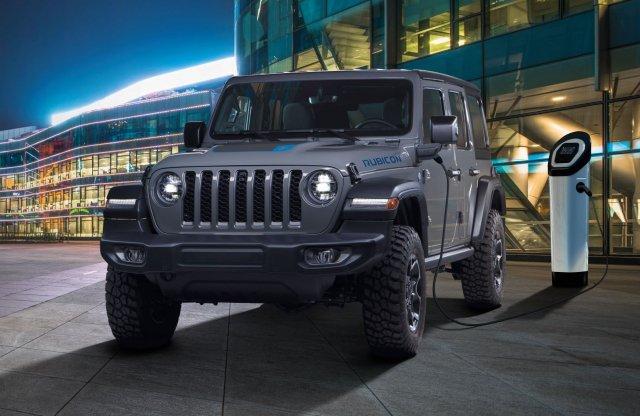 Közel 23 millió forintról indul a konnektoros Jeep Wrangler