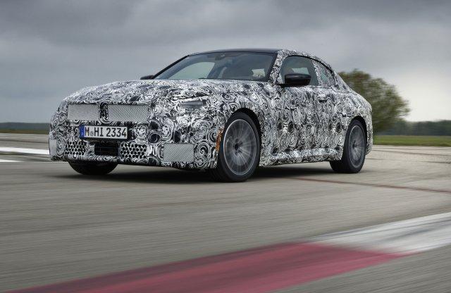Célegyenesben a legszórakoztatóbb BMW új generációja