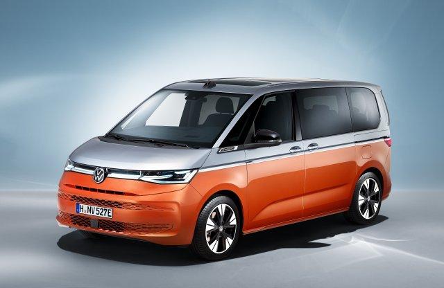 Háromfelé ágazik a VW Transporter kínálata: itt az új Multivan