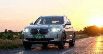 5 dolog, ami miatt nagyon meggyőző a BMW iX3