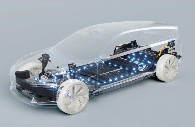 90 kilométert tudnak villanyhajtással az új konnektoros Volvók