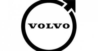 Új, az eddiginél letisztultabb jelvényre vált a Volvo