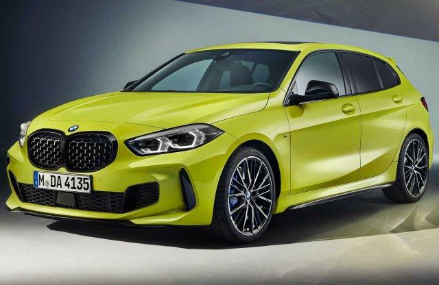Vad színeket és új hanggenerátort kap a 2022-es BMW M135i xDrive