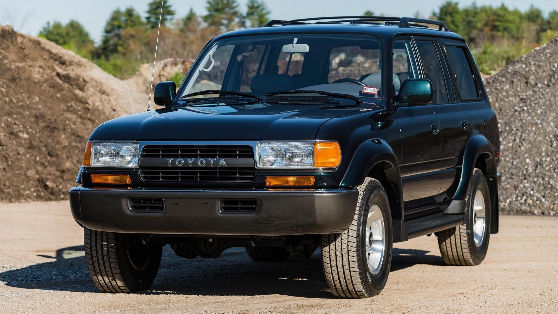 Drágább mint az új, pedig 27 éves ez a Toyota Land Cruiser